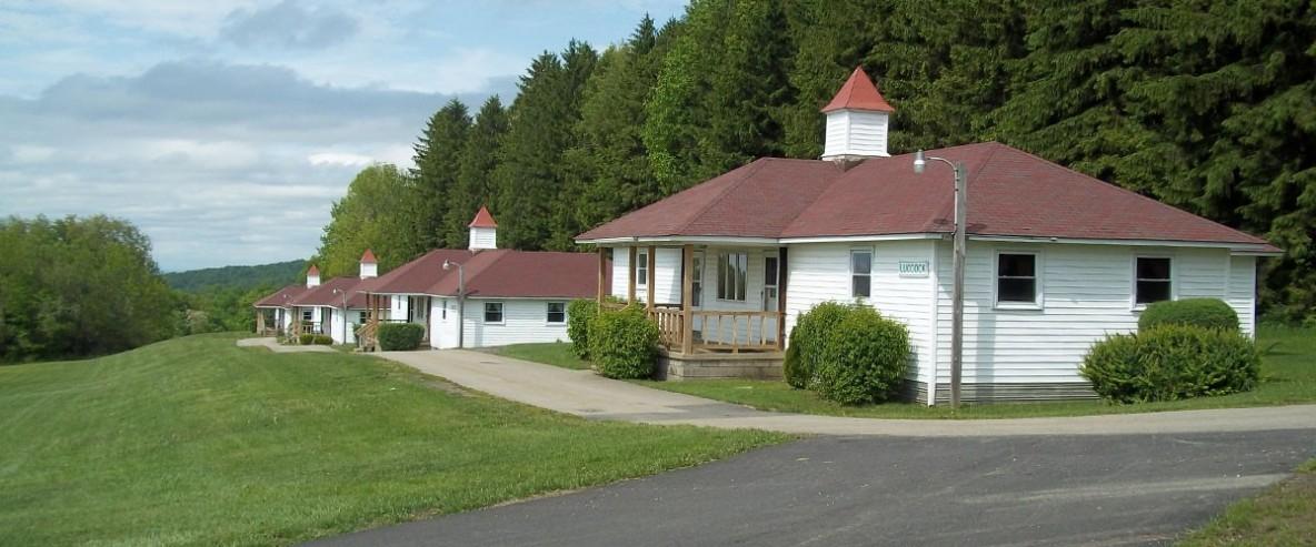 bishops.cabins.01