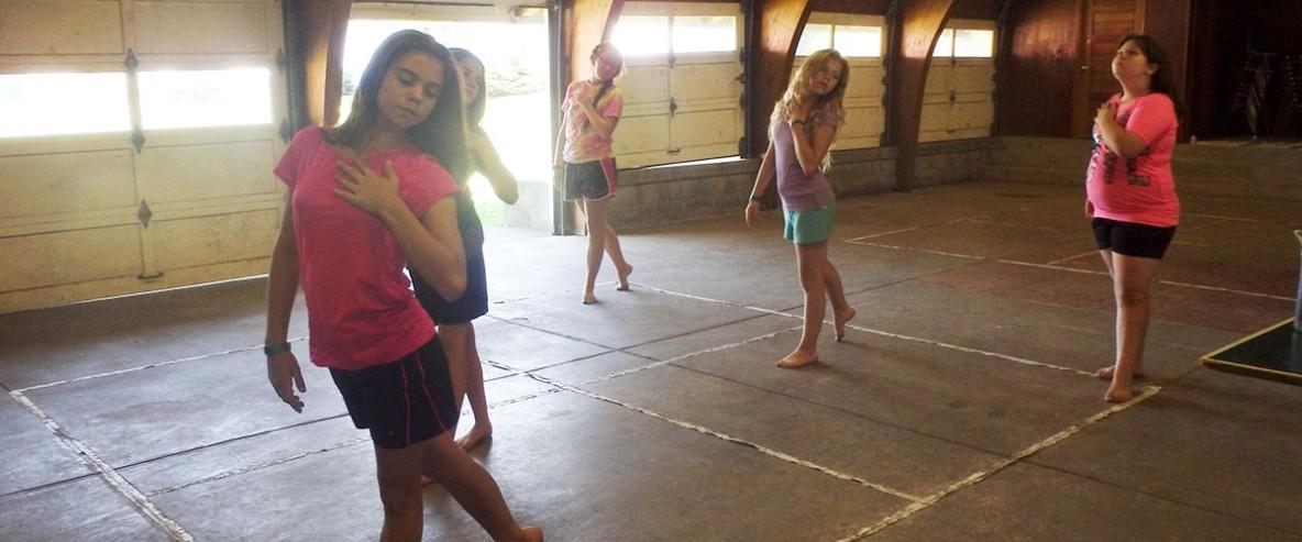 dance.5