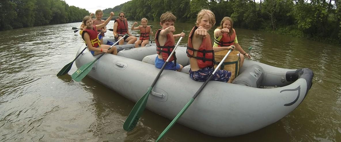flatwater.raft.2